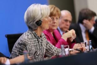 Christine Lagarde og Angela Merkel saman á fundi