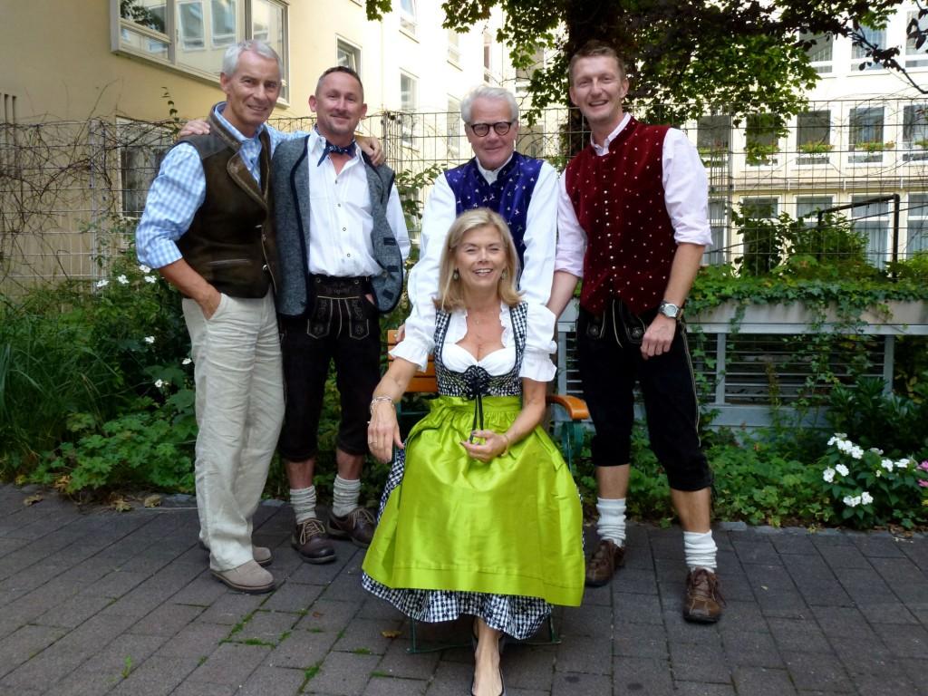 Á leið á Októberfest ásamt vinum og nágrönnum í München