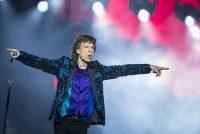 Mick Jagger á fullri ferð um sviðið